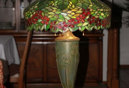 tiffany lamps n glass 022