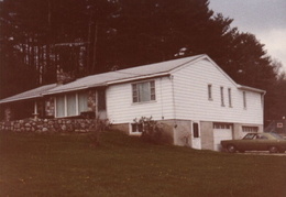 moms sparrowbush home 1979 01